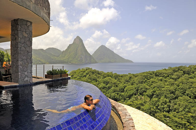 jade-mountain-st-lucia-infinity-pool-every-room-12