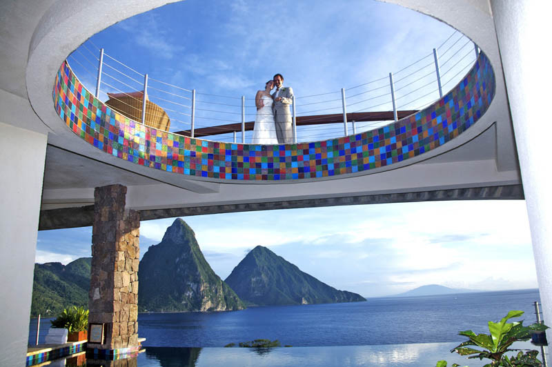 jade-mountain-st-lucia-infinity-pool-every-room-17