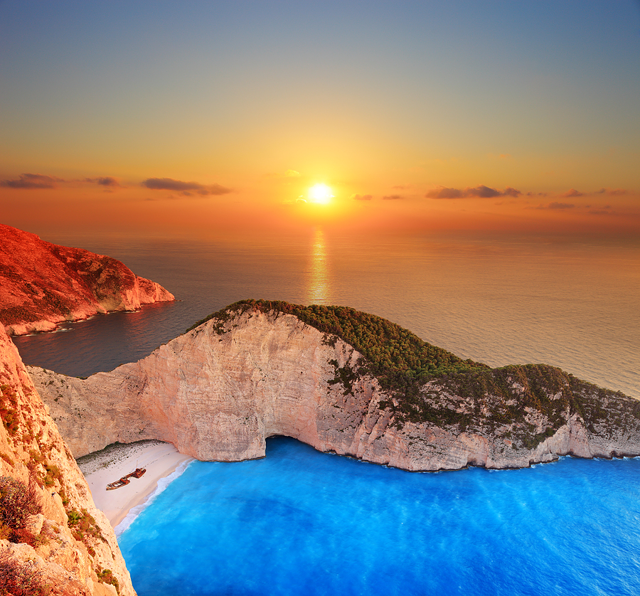 Zakynthos-Sunset-over-Shipwreck-Beach