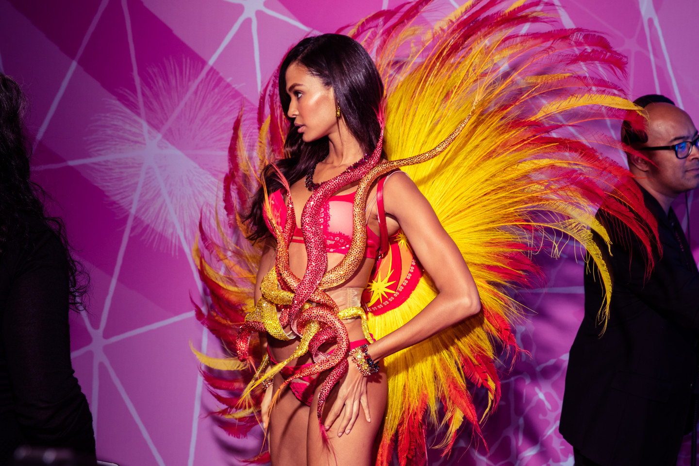 victoria-secret-fashion-show-2015-ss17