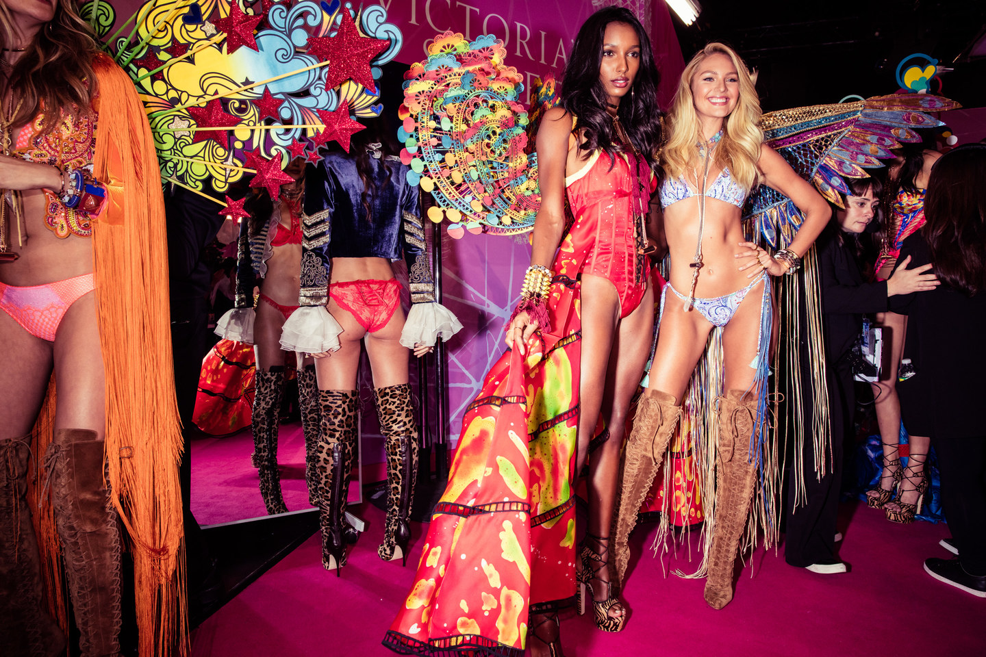 victorias-secret-fashion-show-2015-ss32