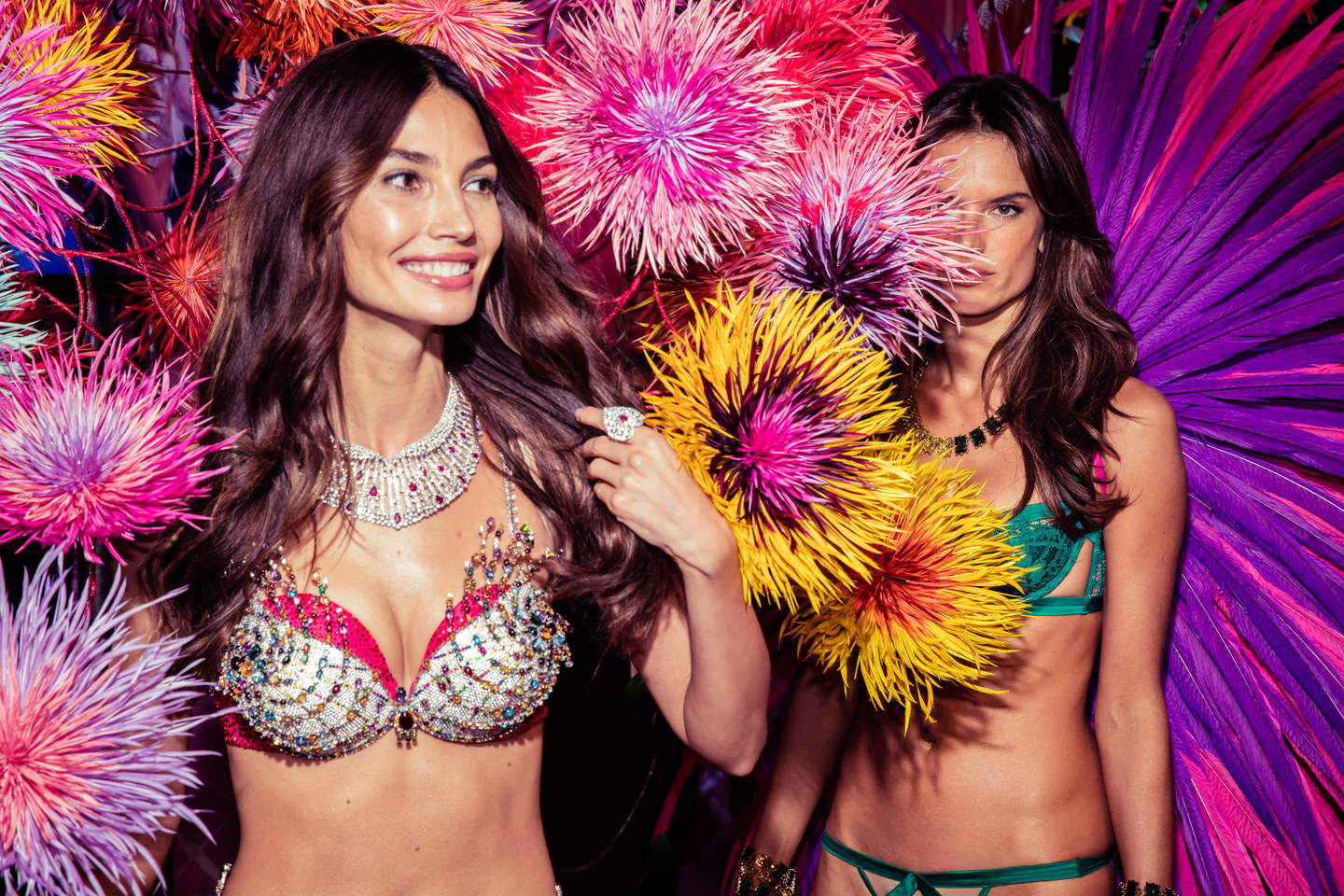 victorias-secret-fashion-show-2015-ss41